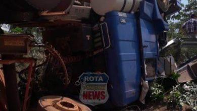 Photo of Urgente: grave acidente na BR-435 deixa três pessoas presas nas ferragens