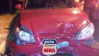 Photo of Embriagado, motorista perde controle da direção e atinge árvore e mulher fica ferida