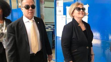 """Photo of Presidente do TSE, Rosa Weber vota em Brasília e fala que a """"sensação"""" é de """"trabalho realizado"""""""