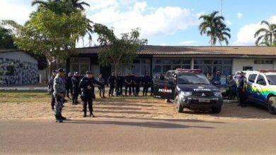 Photo of Policias Militares recolhem armas de fogo no prédio do Fórum Criminal em Vilhena