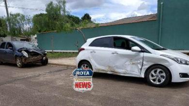 Photo of Colisão entre carros resulta em danos materias no Centro de Vilhena