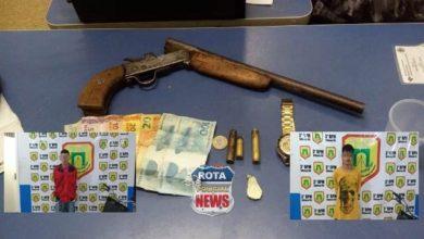 Photo of NI e PATAMO prendem menor e jovem de 19 anos com garrucha acusados de roubo em casa com crianças e a comércio, eles estavam com garrucha