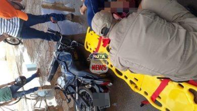 Photo of Motociclista sofre escoriações após ter moto atingida por camionete no Jardim Eldorado