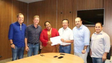 Photo of Confirmada emenda de Luizinho de R$ 1,375 milhão para medicamentos em Vilhena é assinada