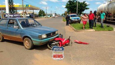 Photo of Motorista avança preferencial e atinge motoneta na saída de rotatória