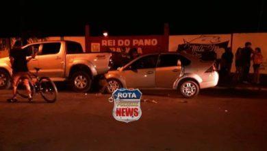 Photo of Colisão entre carros resulta em danos materiais. Mais cedo, criança fraturou costelas em acidente