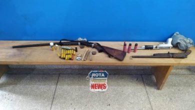 Photo of Urgente: Polícia Militar realiza reintegração de posse, prende três e apreende armas