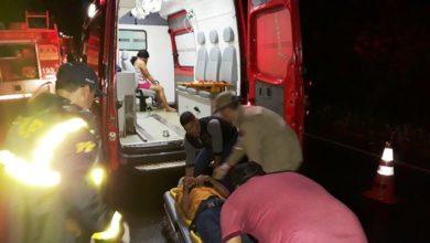 Photo of Resgate dramático: bombeiros salvam quatro pessoas em grave acidente na BR-364