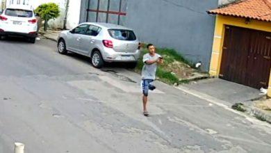 Photo of Mancada: vídeo mostra criminoso com apenas uma perna participando de roubo de carro