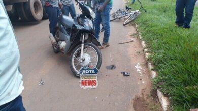 Photo of Motociclista acerta traseira de camionete e sai ileso de acidente