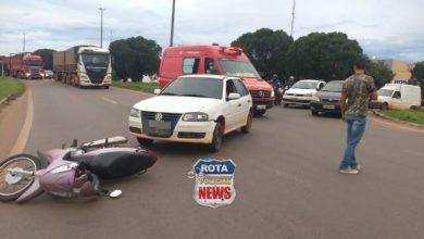 Photo of Motoneta é atingida por veículo em rotatória da BR-364 no Jardim América