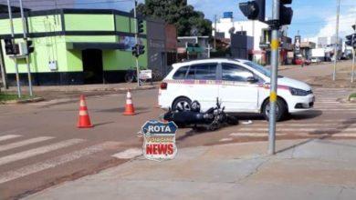 Photo of Taxista fura sinal vermelho e provoca acidente contra motocicleta