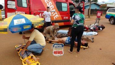Photo of Mãe e filho sofrem ferimentos após colisão na avenida Curitiba