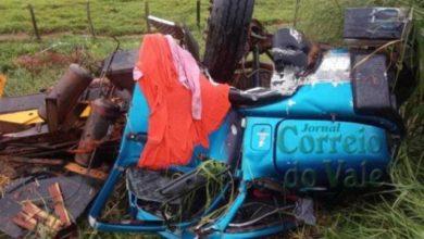 Photo of Caminhão carregado com gado tomba na BR-364; motorista foi socorrido em estado grave