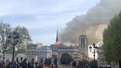 Foto de Incêndio consome a Catedral de Notre Dame, em Paris