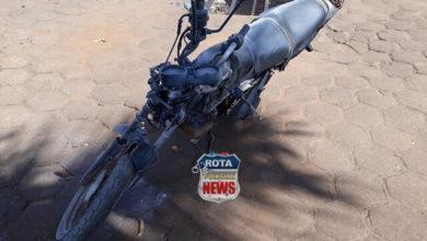 Photo of Motocicleta pega fogo após ser atingida por carreta na BR-364 e motociclista sai ileso por pular a tempo