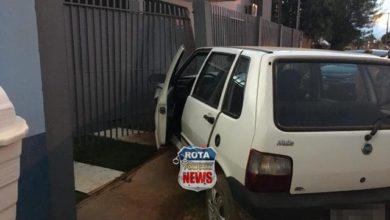 Foto de Motorista atinge portão de residência no bairro Assossete em Vilhena