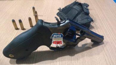 Foto de Após desentendimento no trânsito, motorista mostra arma e faz ameaça a vítima e acaba preso pela PM