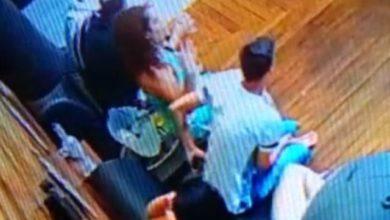 Photo of Vídeo: câmeras flagram rapaz furtando aparelho celular em balada noturna de Vilhena