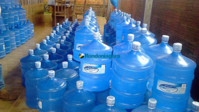 Foto de Vigilância Sanitária e Delegacia do Consumidor descobrem água de poço sendo vendida como mineral