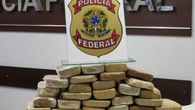Foto de Motorista é preso transportando 33 kg de cocaína no assoalho de carreta em Vilhena