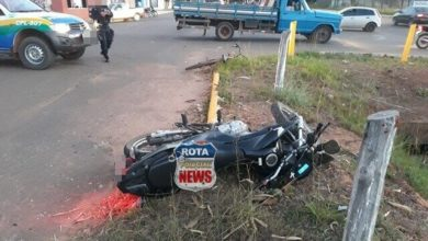 Photo of Ciclista realiza conversão sem atenção e provoca acidente com moto, deixando garupa ferido