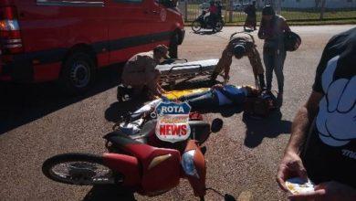 Photo of Colisão entre carro e motoneta deixa mulher ferida em cruzamento de avenidas em Vilhena