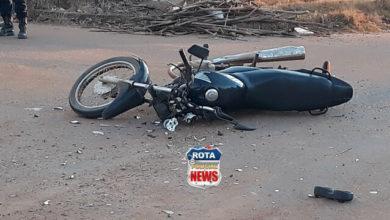 Photo of Motociclista sofre fratura exposta após colidir contra Saveiro em Vilhena