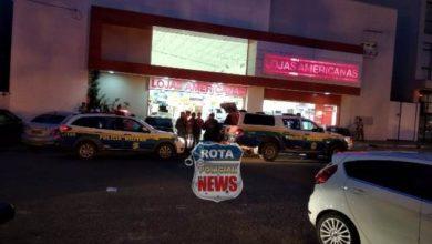Photo of Homem tenta agredir funcionários de loja com chave de fenda após ser flagrado praticando furto