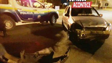 Foto de Colorado: Colisão entre carro e moto deixa duas pessoas feridas nesta noite de sábado na Paulo de Assis Ribeiro