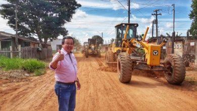 Photo of Prefeito assina contrato com empresa que vai asfaltar o Cristo Rei: obras começam dia 15 de agosto
