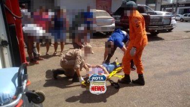 Photo of Colisão entre carro e motocicleta deixa mulher ferida