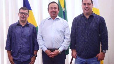 Photo of Prefeito renova secretarias com trocas no comando de três pastas