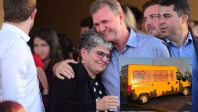 Foto de Luizinho Goebel faz surpresa para vice-prefeita Maria José e entrega primeira unidade de Castramóvel pública em Vilhena