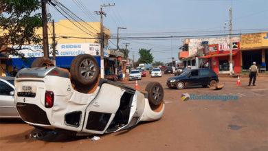 Photo of Acidente com capotamento é registrado no centro da Capital