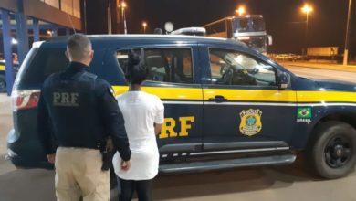 """Photo of PRF de Vilhena prende mulher que é integrante da facção """"Bonde dos 13"""" e estava foragida"""