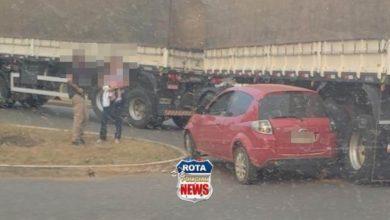 Photo of Motorista tem carro atingido por carreta em rotatória da BR-364 que dá acesso ao Centro de Vilhena
