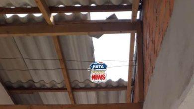 Photo of Pedreiro  cai de telhado e recebe atendimentos do Corpo de Bombeiros em Vilhena