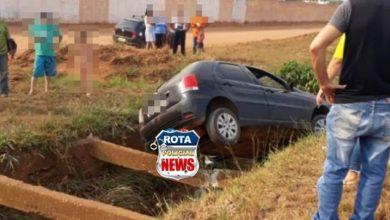 Photo of Motorista fica com carro preso em galeria de esgoto da avenida Brigadeiro em Vilhena