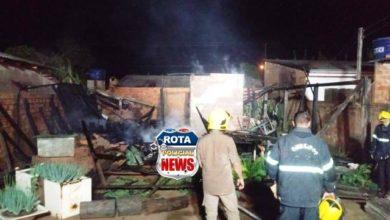 Photo of Marido coloca fogo na casa que foi alugada pela esposa no bairro Belém em Vilhena
