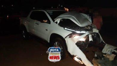 Photo of Motorista de Fiat Toro atinge muro após ser atingido por motorista de Fiat Pálio na avenida Melvin Jones