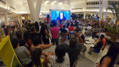Photo of Ana Lídia Daibes no JN 50 anos: telão no shopping, 'aula de geografia' e a repercussão na internet