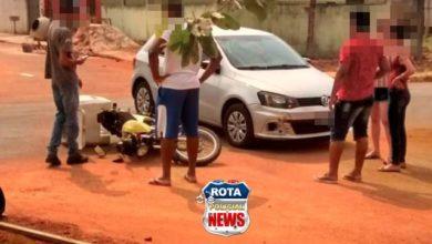 Photo of Internauta flagra acidente entre carro e motocicleta no Jardim das Oliveiras