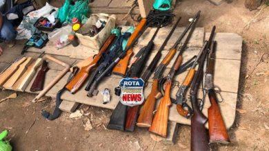 Photo of Urgente: Polícia Militar apreende arsenal de armas na área rural de Cabixi