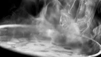 """Photo of Pai joga água quente na garganta do filho e acaba matando o garoto; """"estava tentando tirar um demônio"""""""