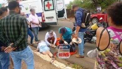 Photo of Ao tentar desviar de pedestres, mototaxista cai e derruba passageira em Colorado do Oeste