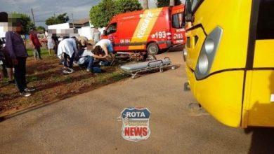 Photo of Motociclista colide contra ônibus escolar e fica desorientado no Jardim das Oliveiras