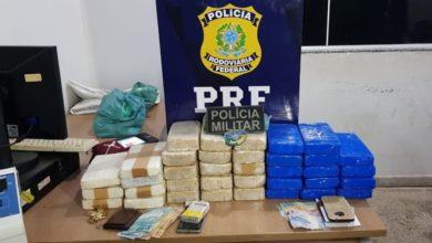 Photo of Em atuação conjunta, PRF e PM apreendem 38,5 quilos de drogas