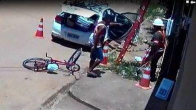 Photo of Vídeo que mostra ladrões assaltando equipe da Energisa em Rondônia viraliza em grupos no WhatsApp