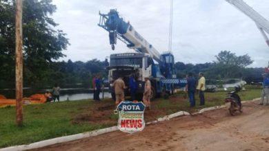 Photo of Caminhão guindaste é destombado e destroços de embarcação estão sendo retirados em Pimenteiras